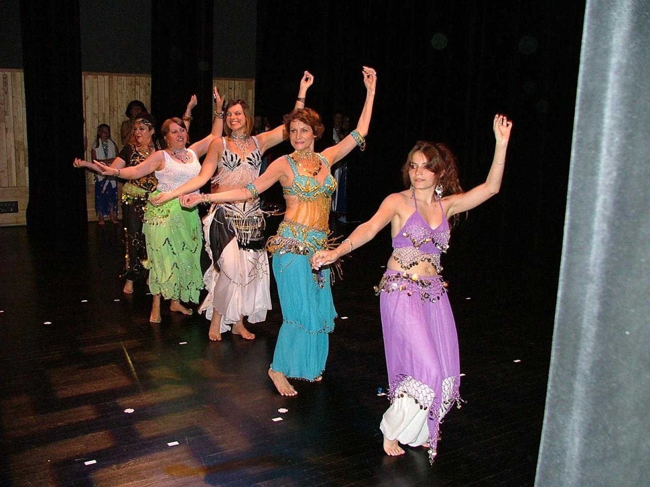 Gala de danse orientale danse de salon et danse en ligne - Danse de salon lorient ...